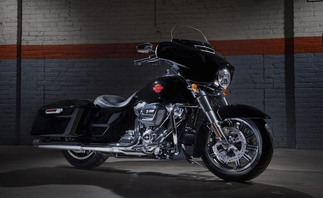 HarleyDavidson ra mat Electra Glide Standard 2019 voi gia gan nua ty dong