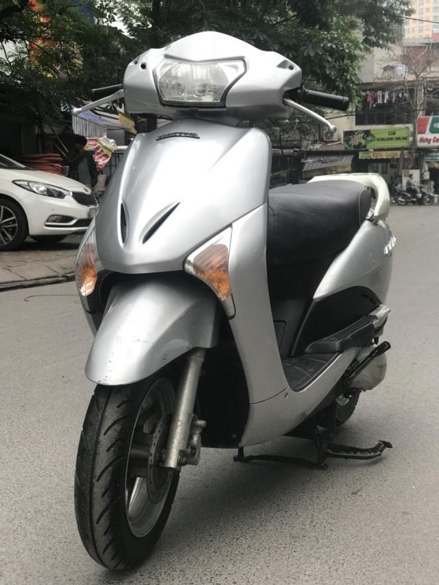 Honda Lead 110cc mau Bac bien Ha Noi - 6