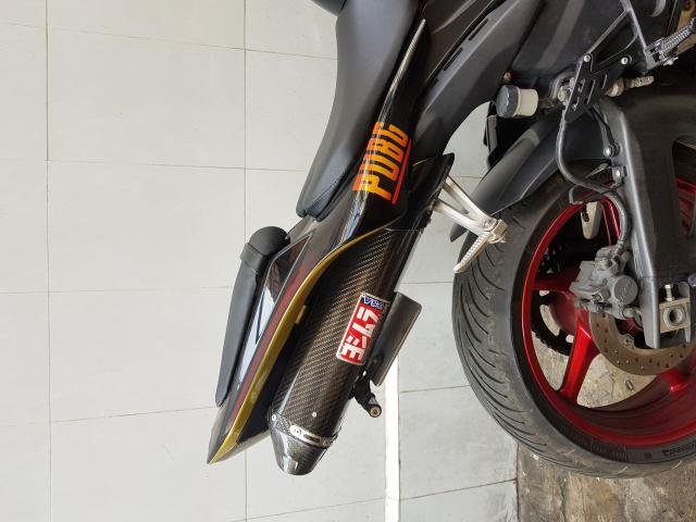 Xe moto Yamaha R1 - 3