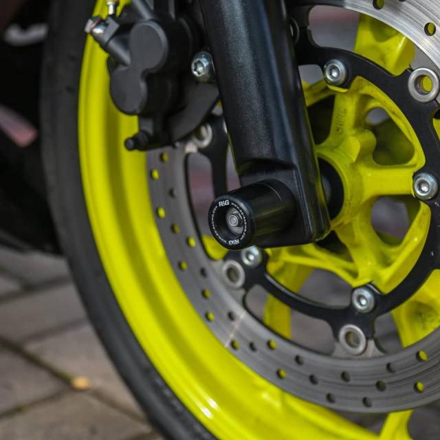 Lot xac Yamaha R25 do theo phong cach Racing vo cung an tuong - 5