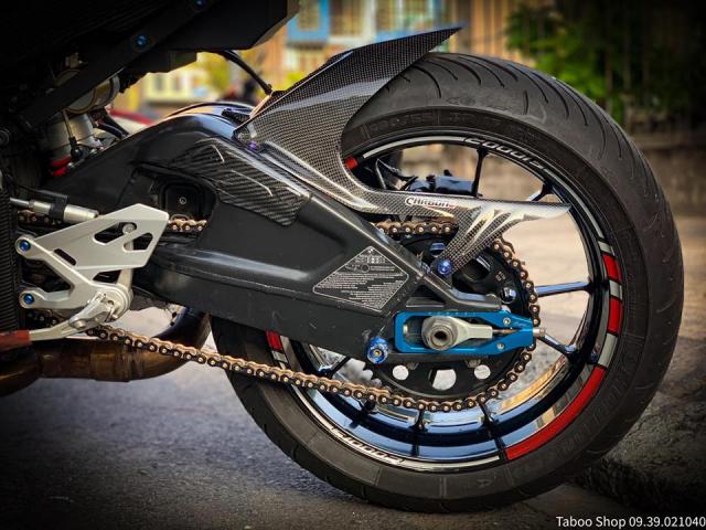 BMW S1000R do full ao Carbon dep me hon cua biker Viet - 11
