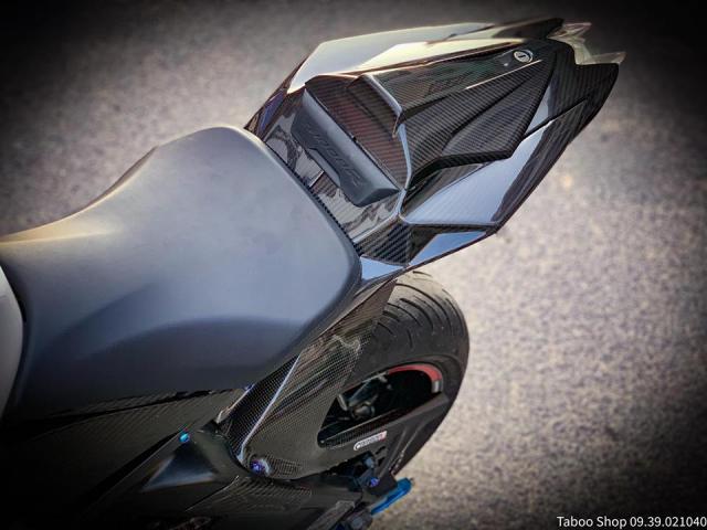 BMW S1000R do full ao Carbon dep me hon cua biker Viet - 13