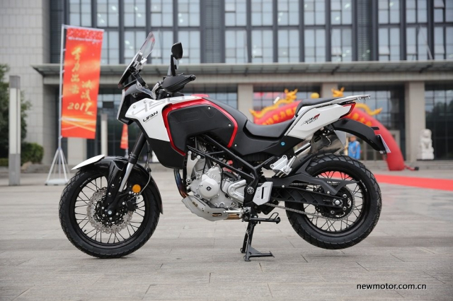 Bo 3 xe mo to phan khoi lon Lifan chuan bi do bo thi truong Thai Lan - 8