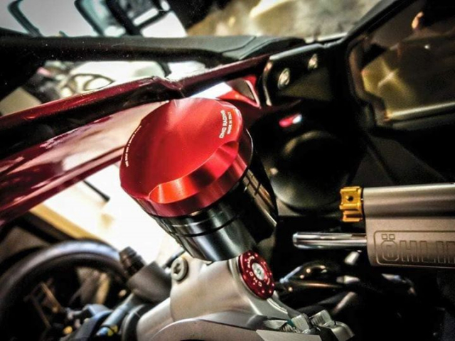 Ducati Panigale 899 do kich tinh voi cau hinh WSBK - 6
