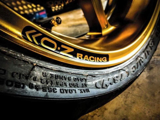 Ducati Panigale 899 do kich tinh voi cau hinh WSBK - 12