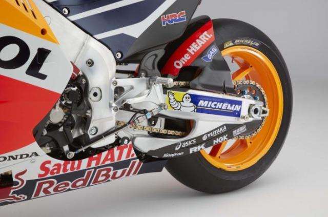 Honda CBR1000RRR Triple R cap nhat trang bi o cap do MotoGP - 8