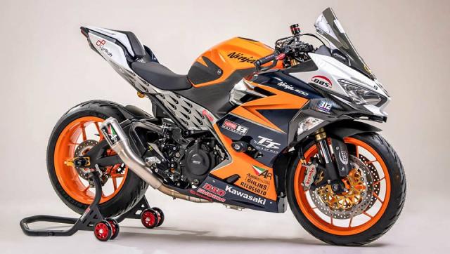 Kawasaki Ninja 250 do cuc khung voi cau hinh duong dua - 12