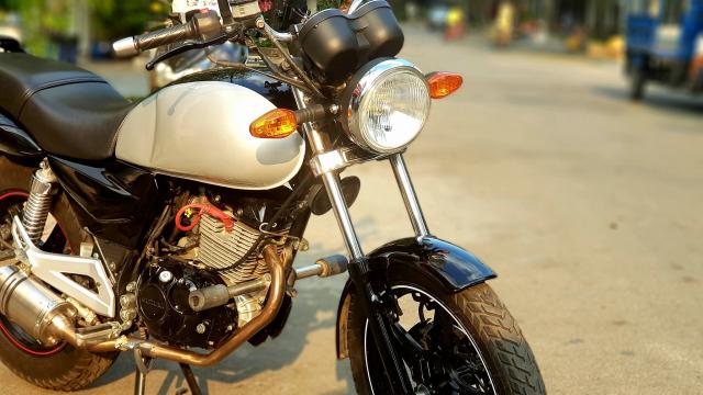 Suzuki En 150 da qua su dung - 5