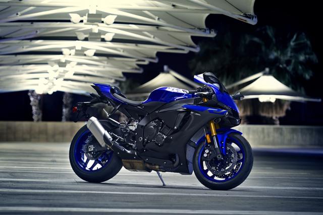 Yamaha R1 the he moi se tiem can hon voi phien ban duong dua MotoGP - 4