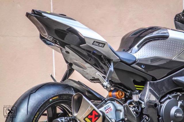 Yamaha R1M do loi cuon voi day ap cong nghe dinh cao - 8