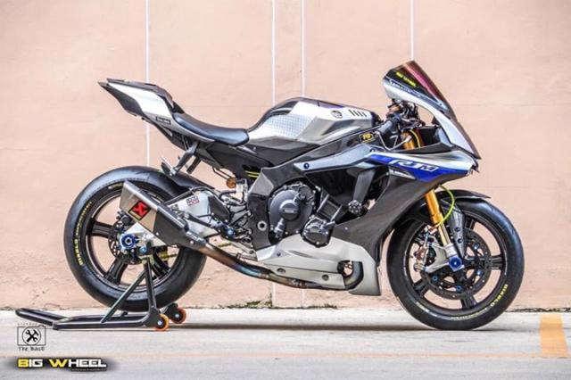 Yamaha R1M do loi cuon voi day ap cong nghe dinh cao - 10