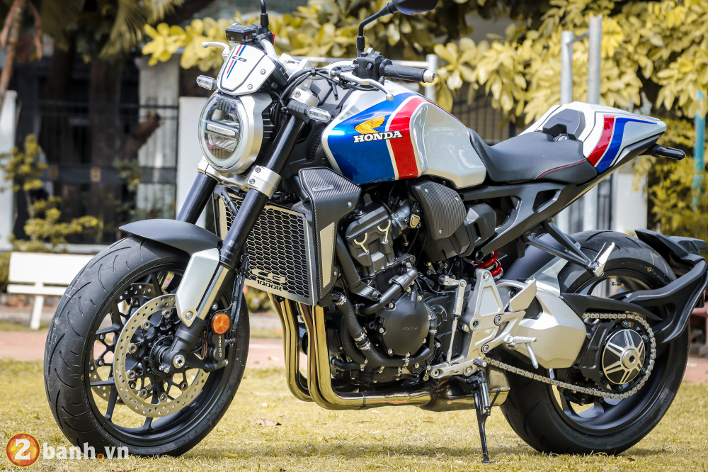 Can canh Honda CB1000R Limited Edition 2019 vua ve Viet Nam - 3
