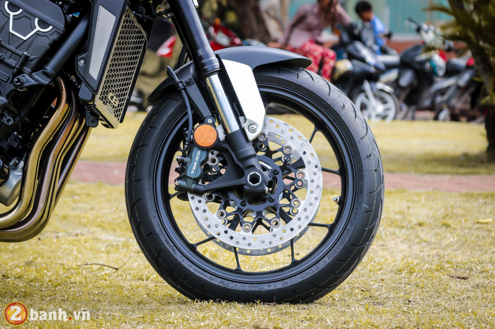 Can canh Honda CB1000R Limited Edition 2019 vua ve Viet Nam - 25