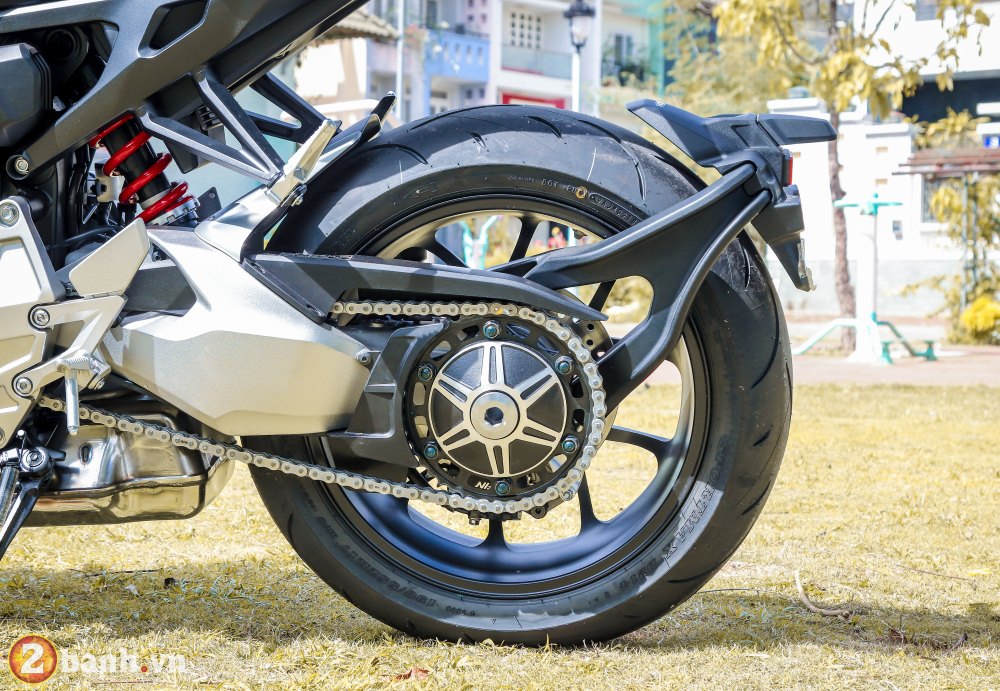Can canh Honda CB1000R Limited Edition 2019 vua ve Viet Nam - 33