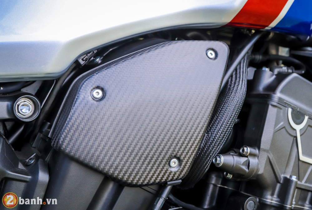Can canh Honda CB1000R Limited Edition 2019 vua ve Viet Nam - 27