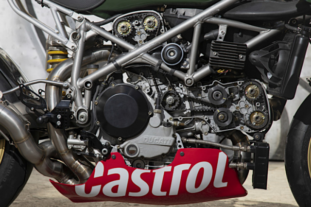 Ducati 999 do phong cach an tuong den tu XTR Pepo - 7