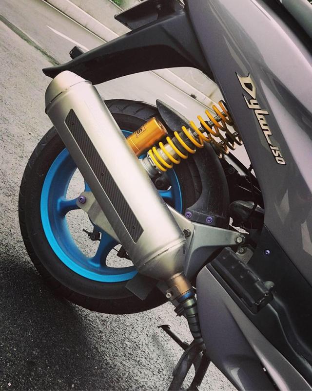 Honda Dylan vang bong mot thoi lot xac ngoan muc nho loat do choi hang hieu - 8