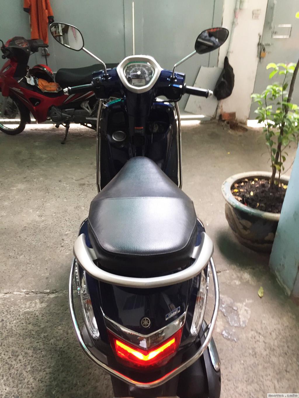 Xe Yamaha Grande xanh duong con moi nguyen - 3