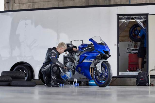 Yamaha R6 bi ngung san xuat vao cuoi 2021 chi ton tai R6 Race tren duong dua - 3