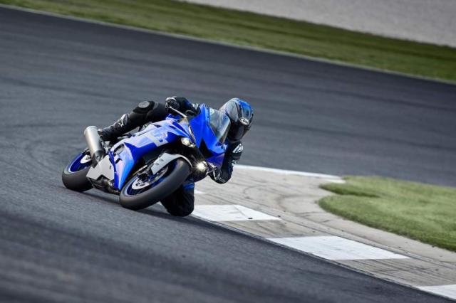 Yamaha R6 bi ngung san xuat vao cuoi 2021 chi ton tai R6 Race tren duong dua