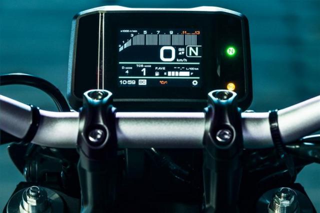 Yamaha MT09 2021 va nguon goc am thanh ong xa tu bong toi - 7