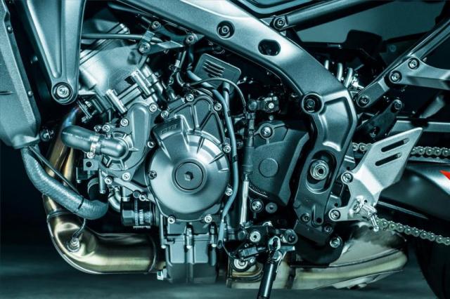 Yamaha MT09 2021 va nguon goc am thanh ong xa tu bong toi - 6