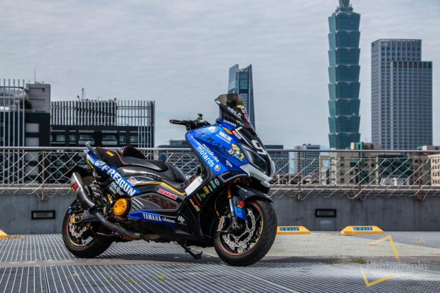 Yamaha TMAX 530 do Turbo cong suat 108 hp dang kinh ngac - 3