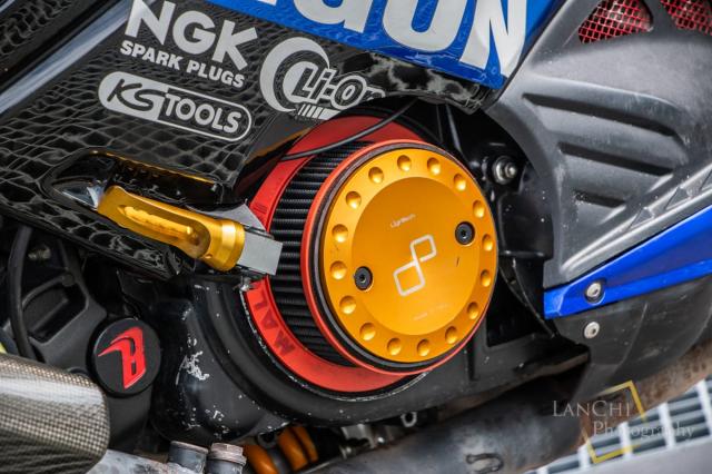 Yamaha TMAX 530 do Turbo cong suat 108 hp dang kinh ngac - 15