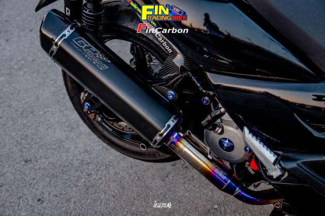 Yamaha XMAX 300 do phong cach mau den Dark Bug - 10