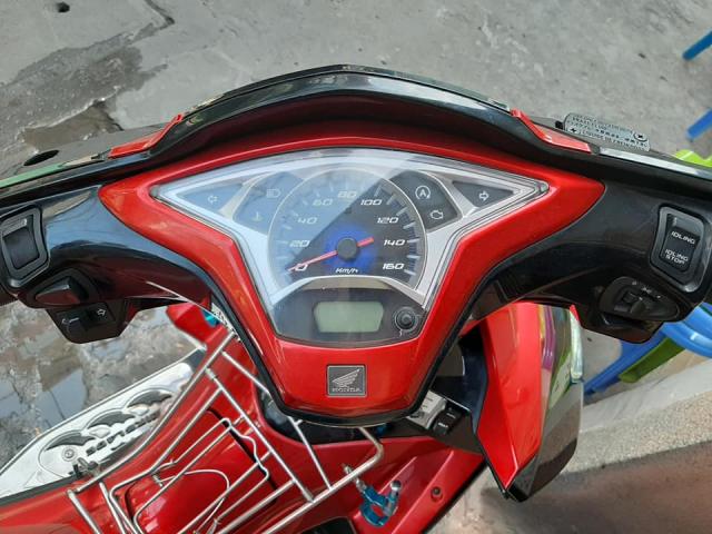 Air Blade 2013 Zin Xe Dep Chay Tet - 2