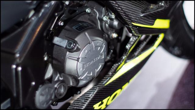 Can canh hai chiec CBR150R 2021 do chinh hang tu Honda - 20