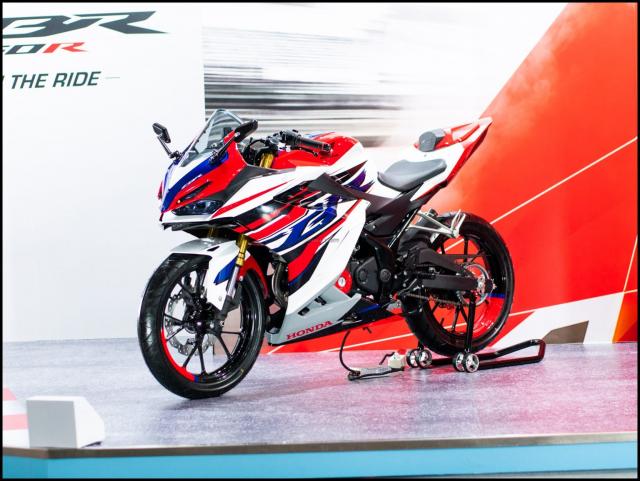 Can canh hai chiec CBR150R 2021 do chinh hang tu Honda - 34