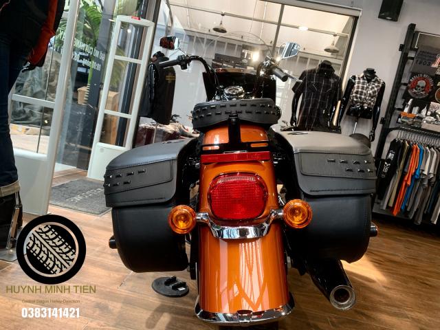 Harley Davidson Heritage Classic 114 Scorched Orange Silver Flux - 2