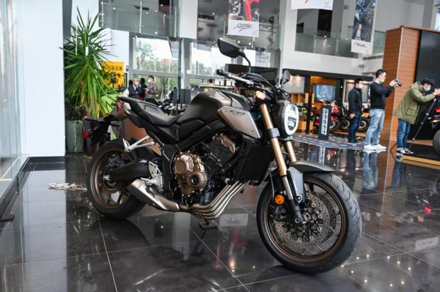 Honda CB650R 2021 Danh gia thuc te nhung thay doi tren xe - 11