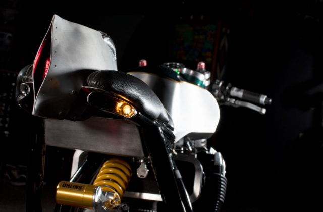 Suzuki GSX1400 do cafe racer den tu Augh Design - 4