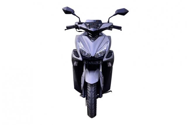 Rusi Rapid Ke dao nhai kieu dang cua Yamaha NVX - 13
