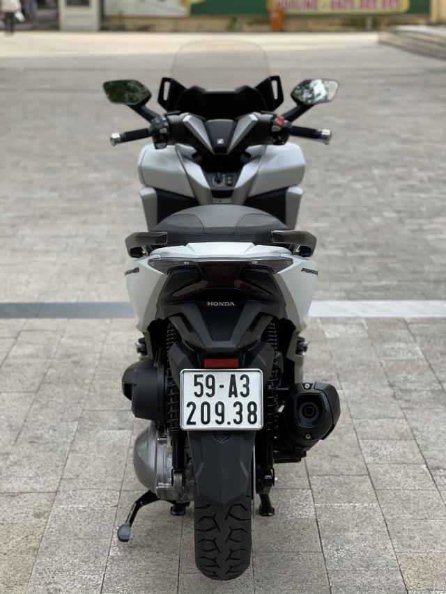 _ Moi ve 2 xe HONDA Forza 300 ABS Nhap Y Mau Den nham Va Trang nham HQCN Dang ky 82019 - 6