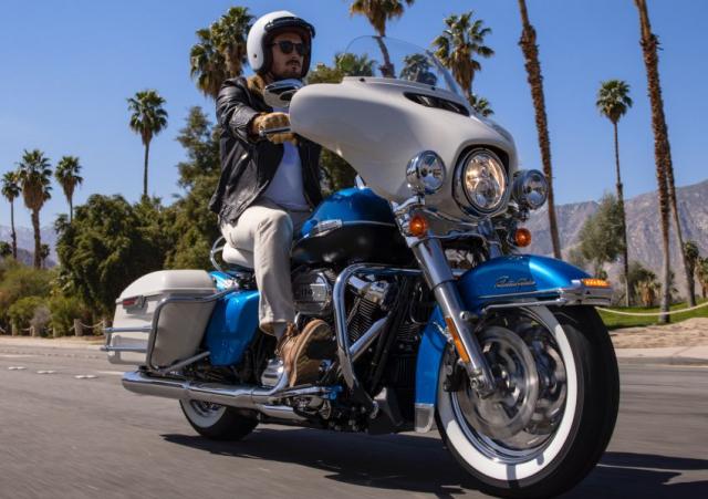 HarleyDavidson Electra Glide Revival 2021 ra mat gioi han 1500 chiec - 12