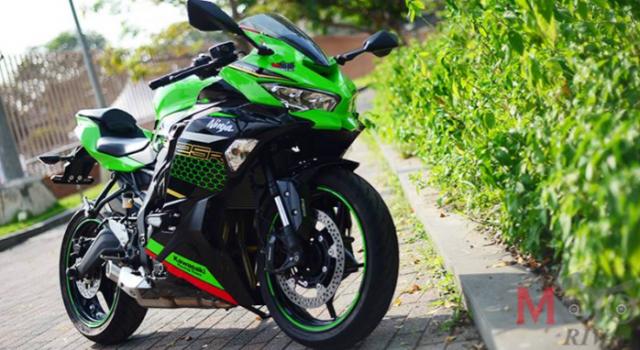 Kawasaki Ninja ZX25R va Honda CBR250RR SP tren ban can thong so - 12