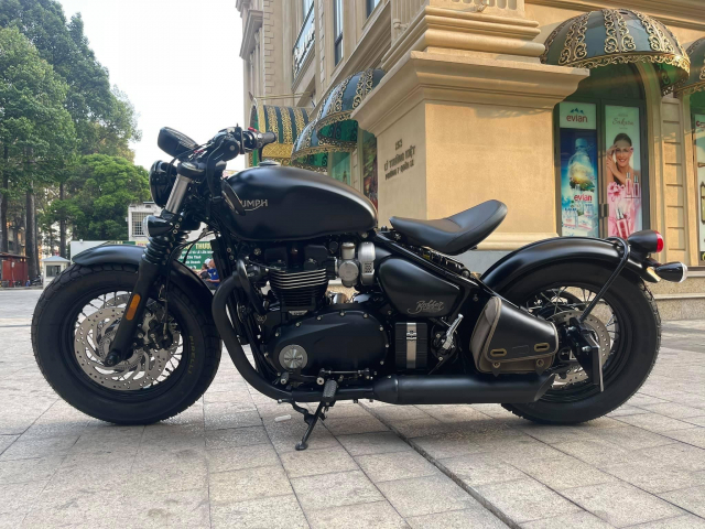 Triumph BOBBER BLACK 2018 Xe Moi Dep