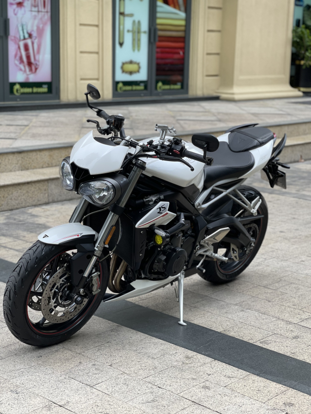_ Moi ve xe Triumph Street Triple RS ABS ban Full HQCN Dang ky 102019 chinh chu odo 6500km - 6