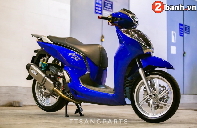 Bo anh SH300i do dep lung linh den tu Thanh pho bien - 16
