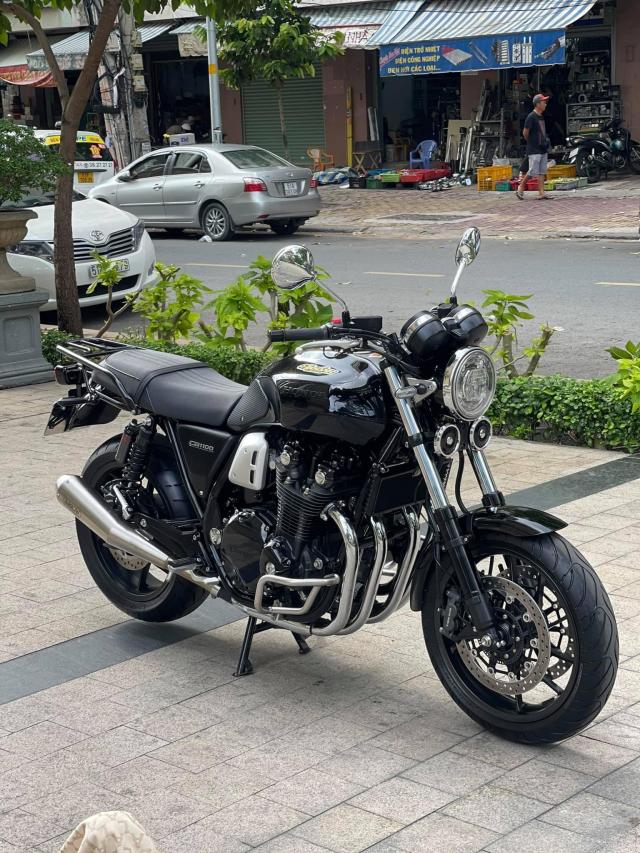 HonDa CB1100 RS 2020 Xe Moi Dep - 2