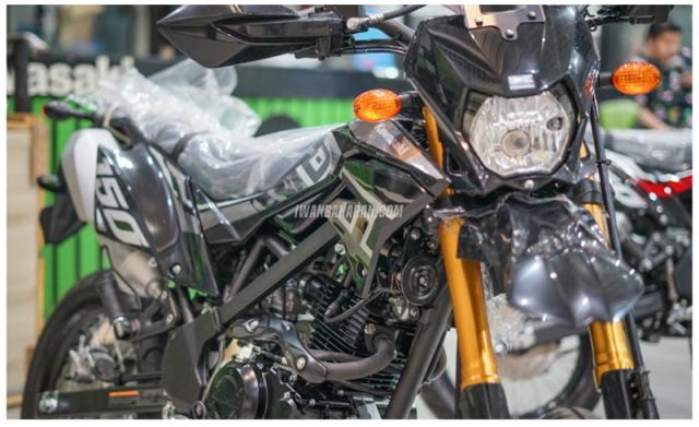 Kawasaki DTracker 150SE ra mat voi gia 59 trieu duoc ngan nguoi mo uoc - 21