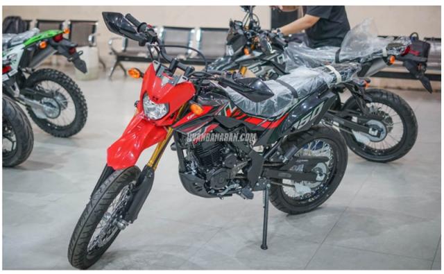 Kawasaki DTracker 150SE ra mat voi gia 59 trieu duoc ngan nguoi mo uoc - 3