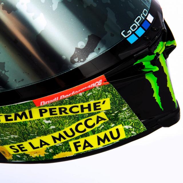 Ra mat phien ban mu bao hiem doc quyen danh cho Valentino Rossi 2021 - 4
