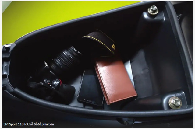 SM Sport 110R 2021 Kieu dang dep mat co sac USB ma gia chi 22 trieu - 8