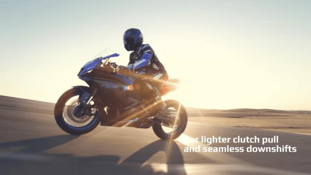Yamaha R7 tiet lo nhung nang cap lon ve mat trang thiet bi ma it ai biet - 9