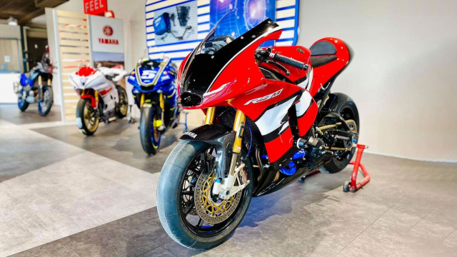 Yamaha Tracer 900 GT do cuc chat thanh SuperpSport R9M
