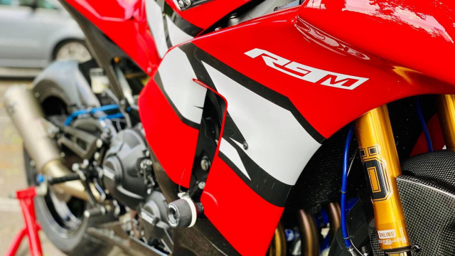 Yamaha Tracer 900 GT do cuc chat thanh SuperpSport R9M - 4